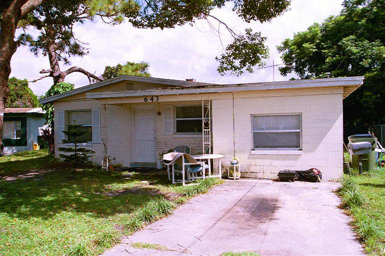 We buy houses cash in Florida. Stop foreclosure FL.